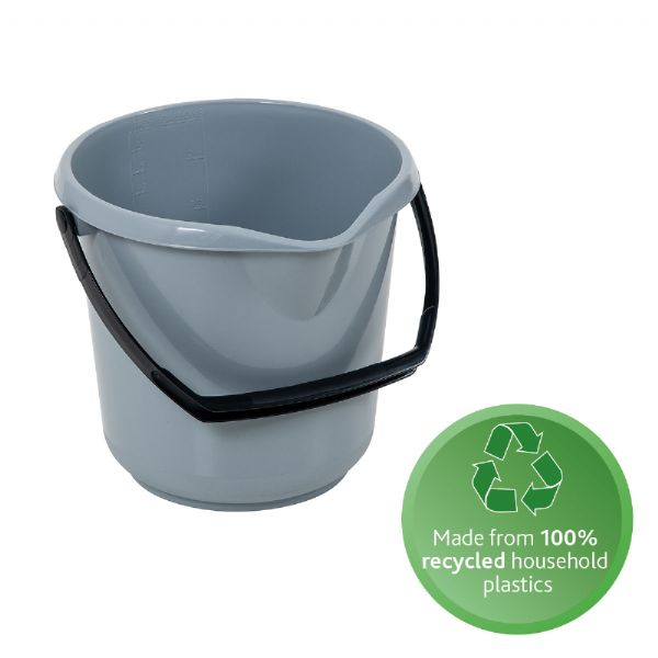 recycles plastic bucket